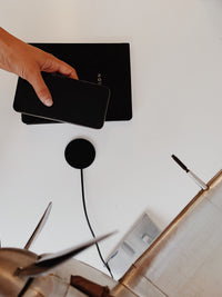 Moon Wireless Charging Pad Безжично зарядно, Black Leather