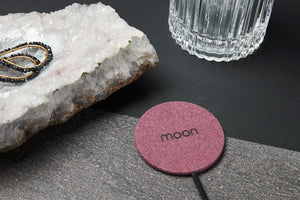Moon Wireless Charging Pad Безжично зарядно, Pink Fabric