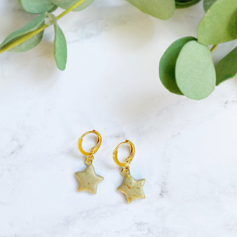 Dainty Hoops - Gold Stars