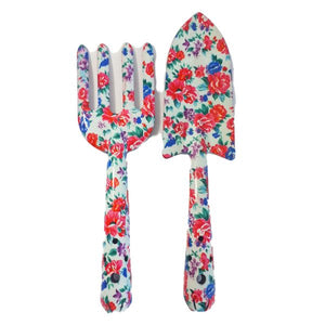 pink and white floral gardening set