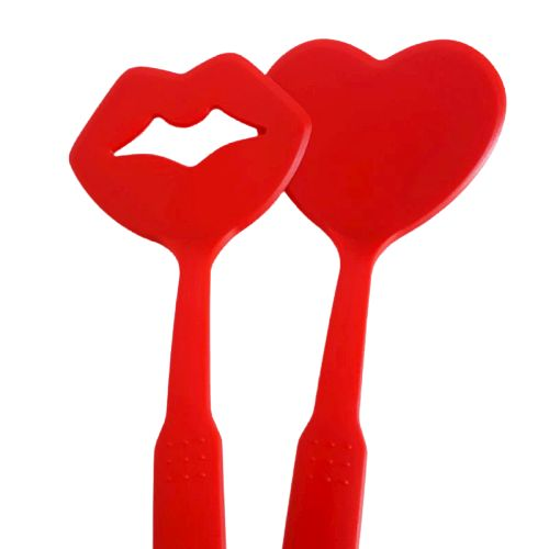 red spatula set - heart and lips