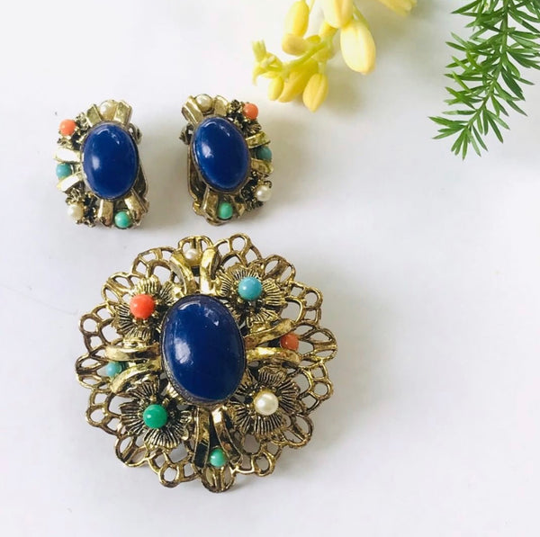 1960s costume jewelry brooch and earring blue cabochon set