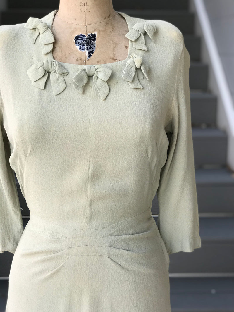 1930s Aloe Crepe Bow Collar Day Dress