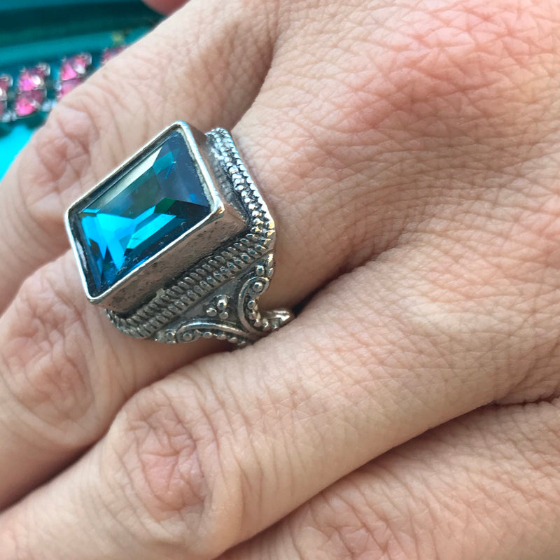 Vibrant Ocean Blue Emerald Cut Rhinestone Ring
