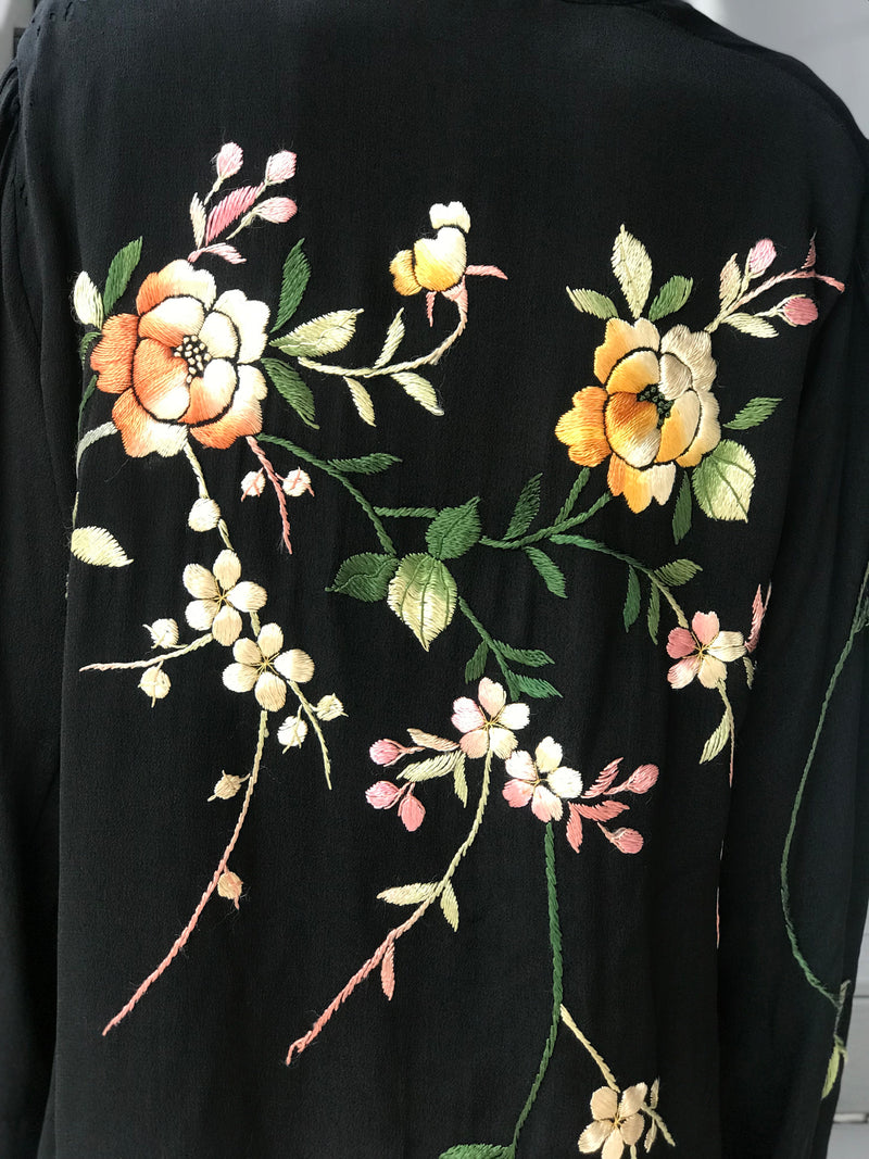 1920s Authentic Flapper Floral Embroidered Robe