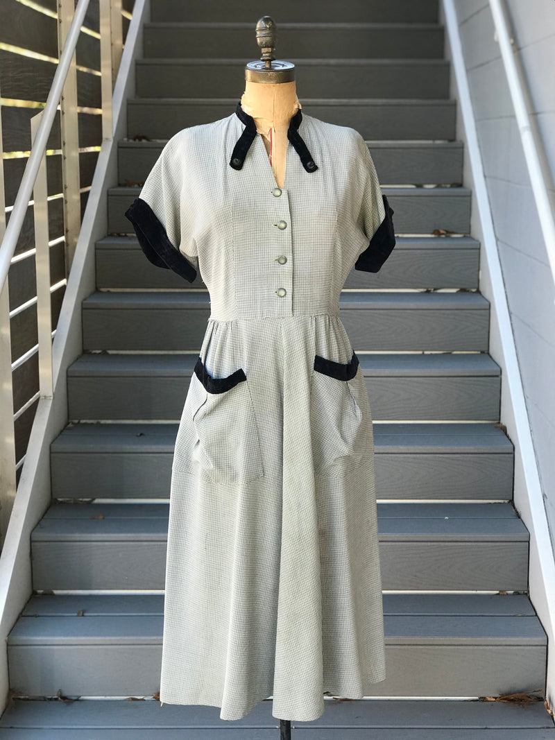 1950s Puppytooth + Velvet Pocket Dress