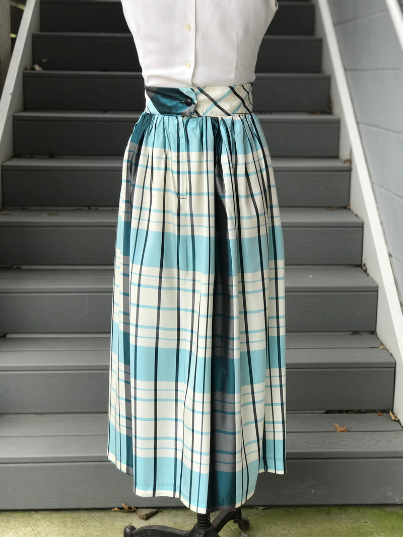 1960s Blue and White Taffeta Plaid Skirt