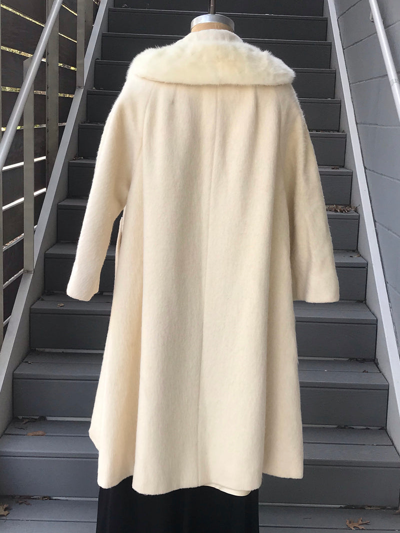 1960s White Lilli Ann Swing Coat