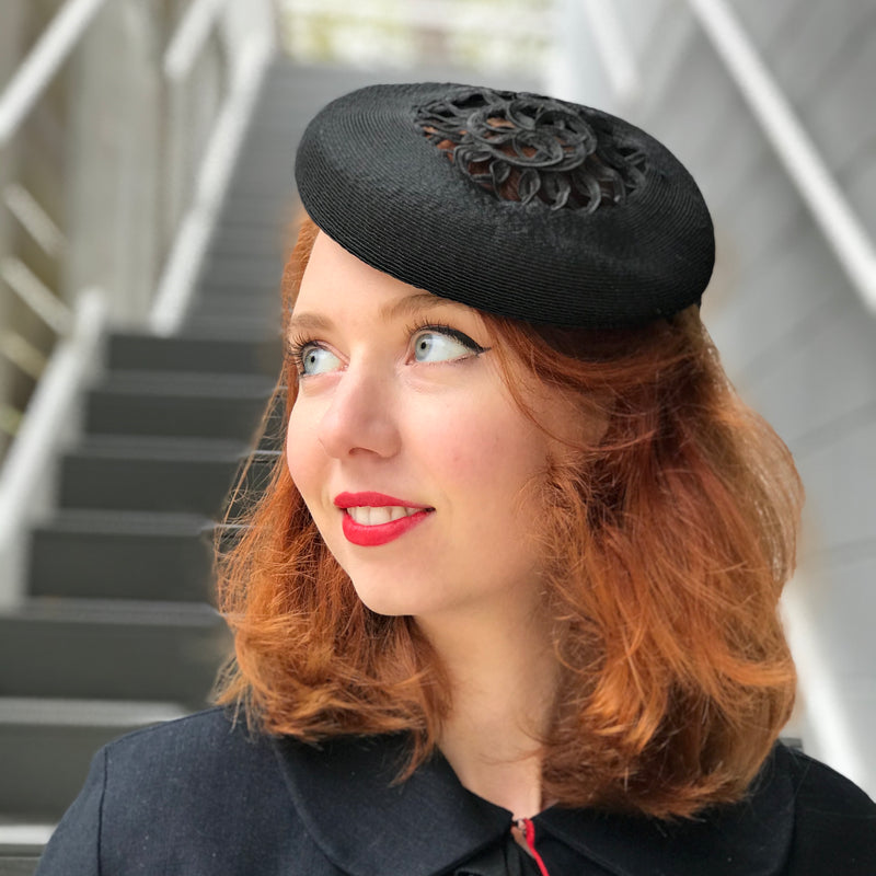 1940s Crochet Detailed Billed Felt Hat
