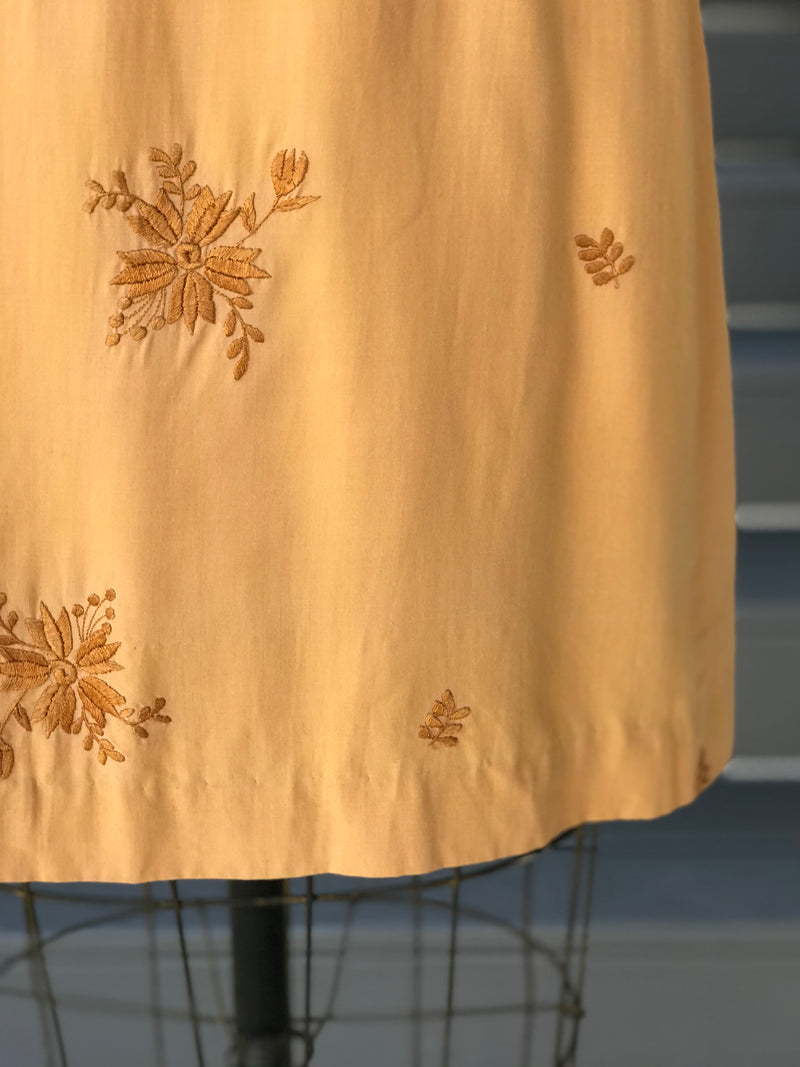 1960s Blonde Floral Embroidered Shift Dress