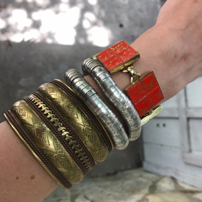 Pair of Metal Silver Stretch Bracelets