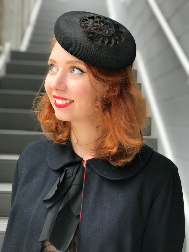 1940s Ribboned Straw Petite Calot Hat