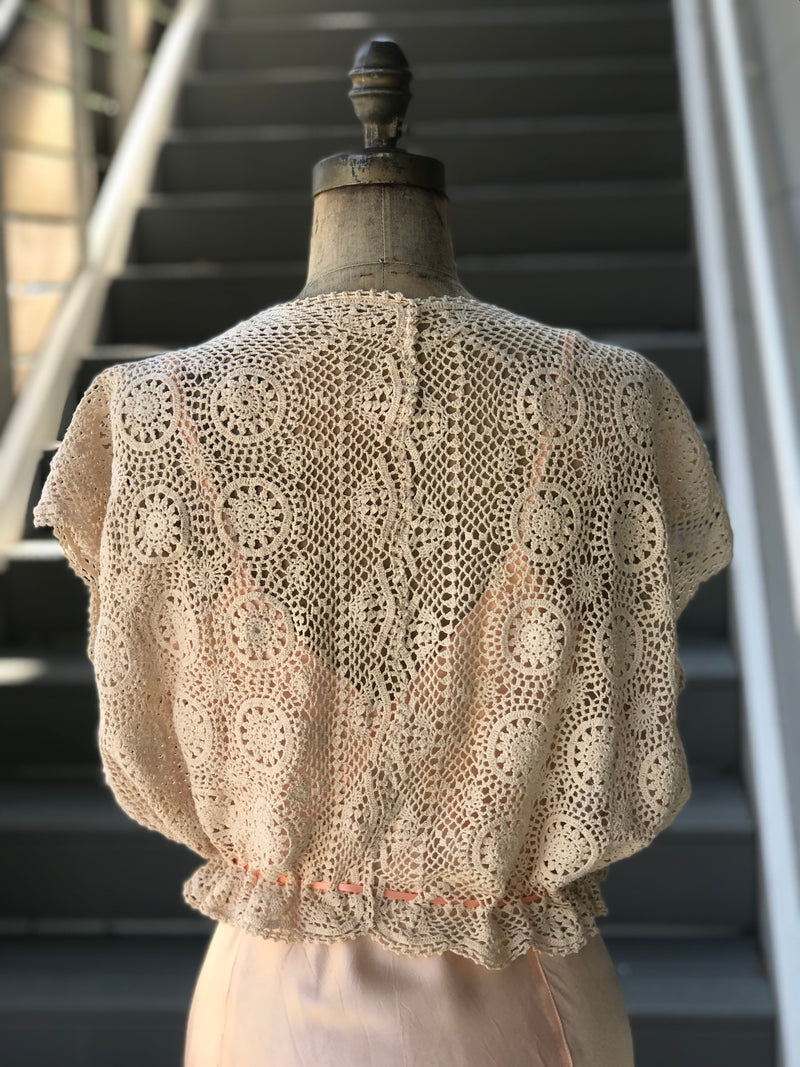 1940s Natural Tone Crochet Mandala Knit Sweater