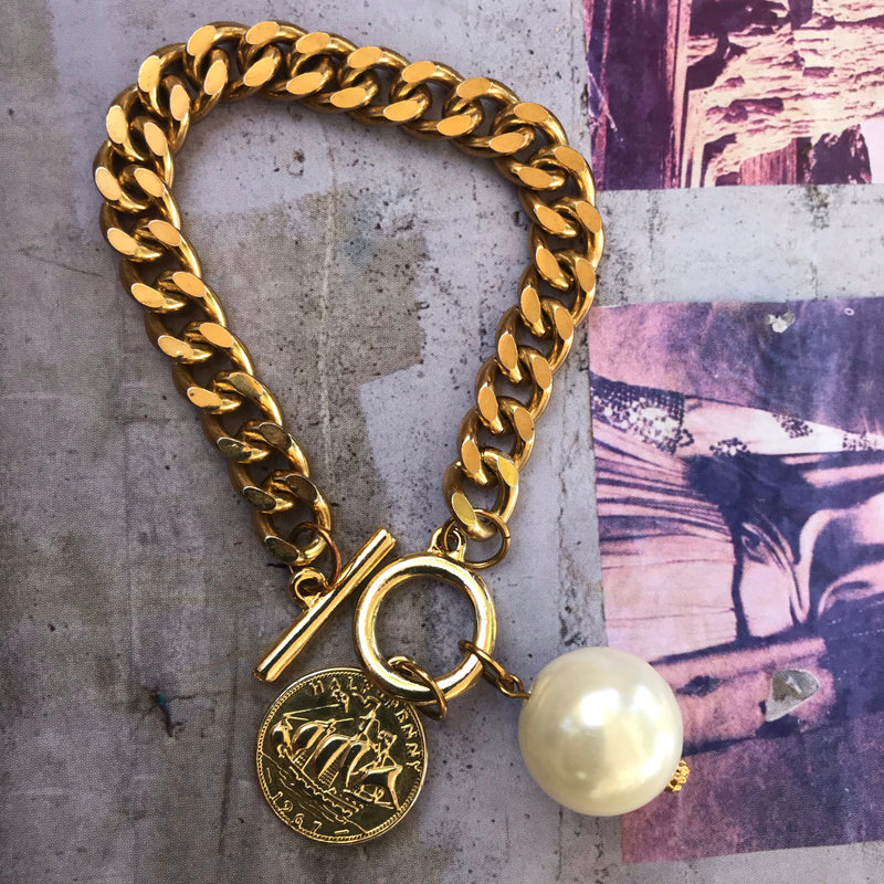 Gold Link Coin and Pearl Charm Bracelet