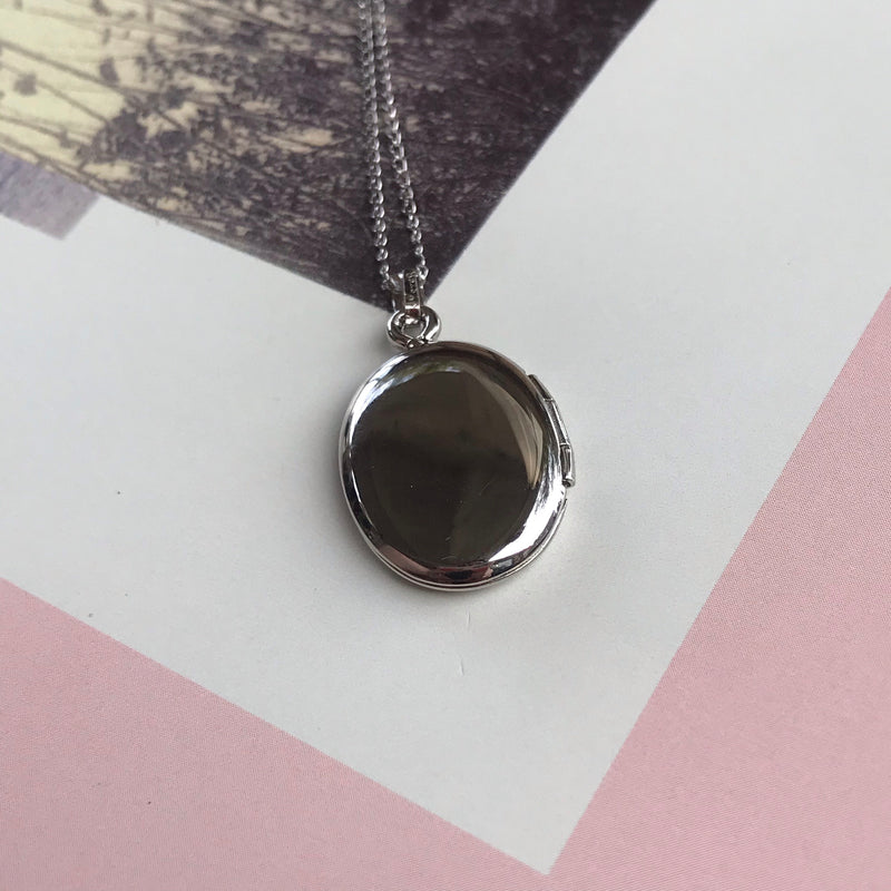 Mid-Century Deadstock Sterling Silver Etched Locket