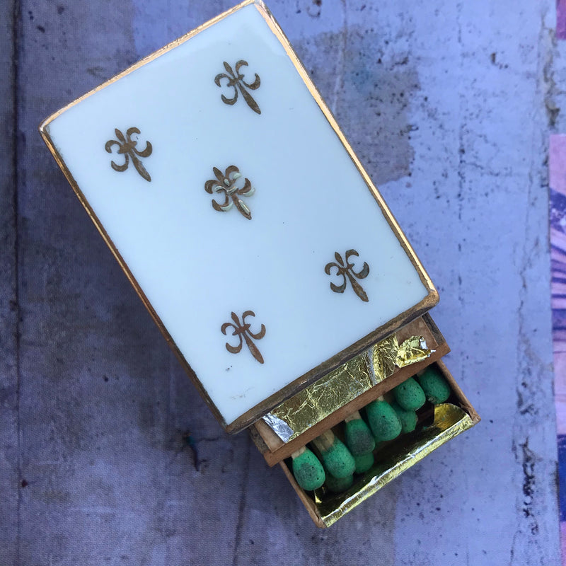 Fleur-De-Lis MidCentury Milk Glass Match Box