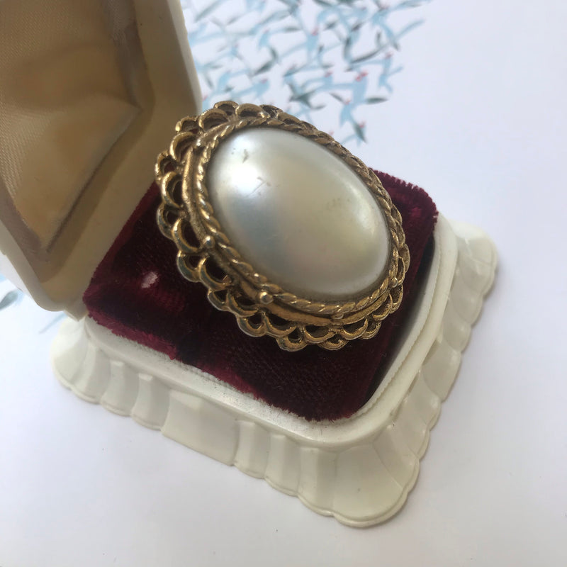 Gold Tone Adjustable Pearl Ring