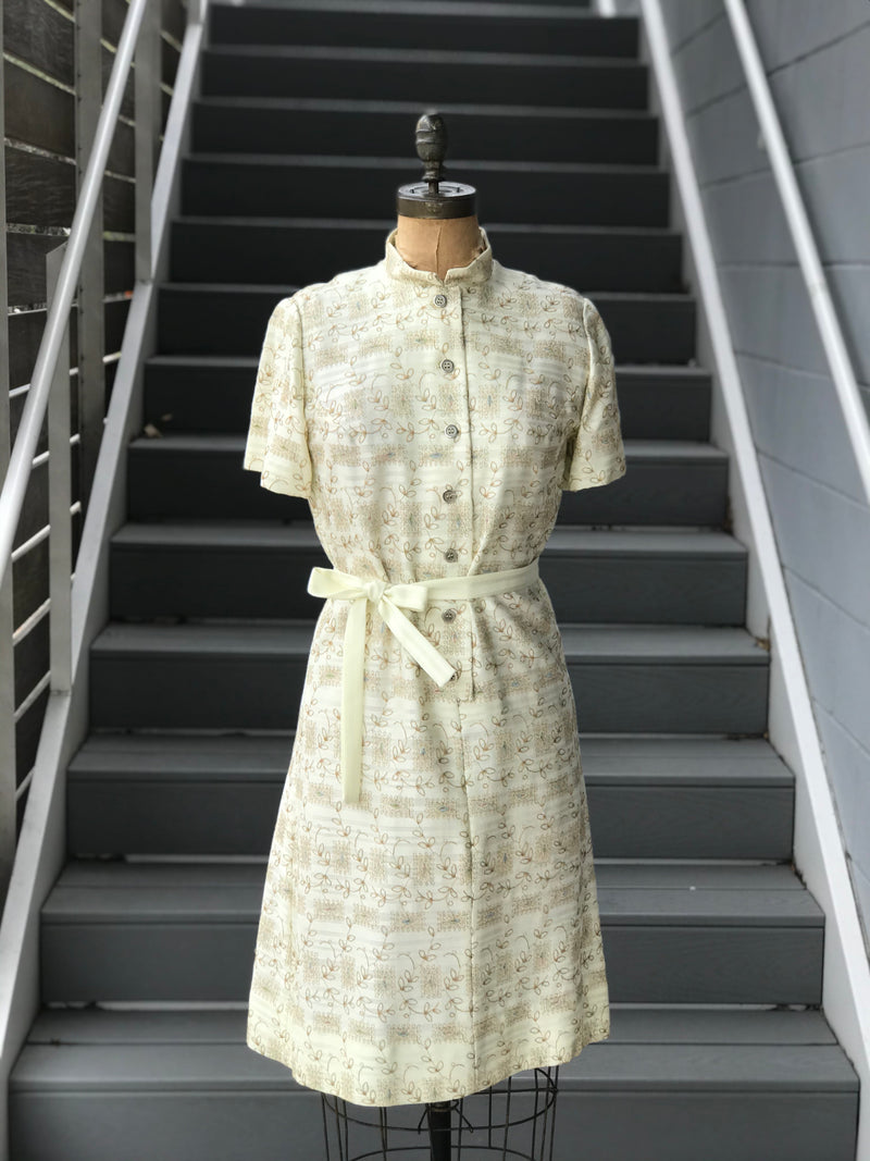 "1970s ""L'Aiglon"" Embroidered Artistry Semi-Shirtdress"