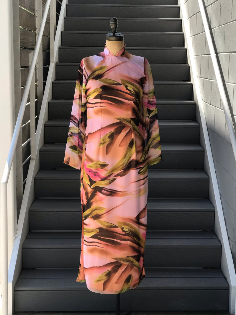 1970s Mandrin Collar + Brushstroke Chiffon High-Side Dress