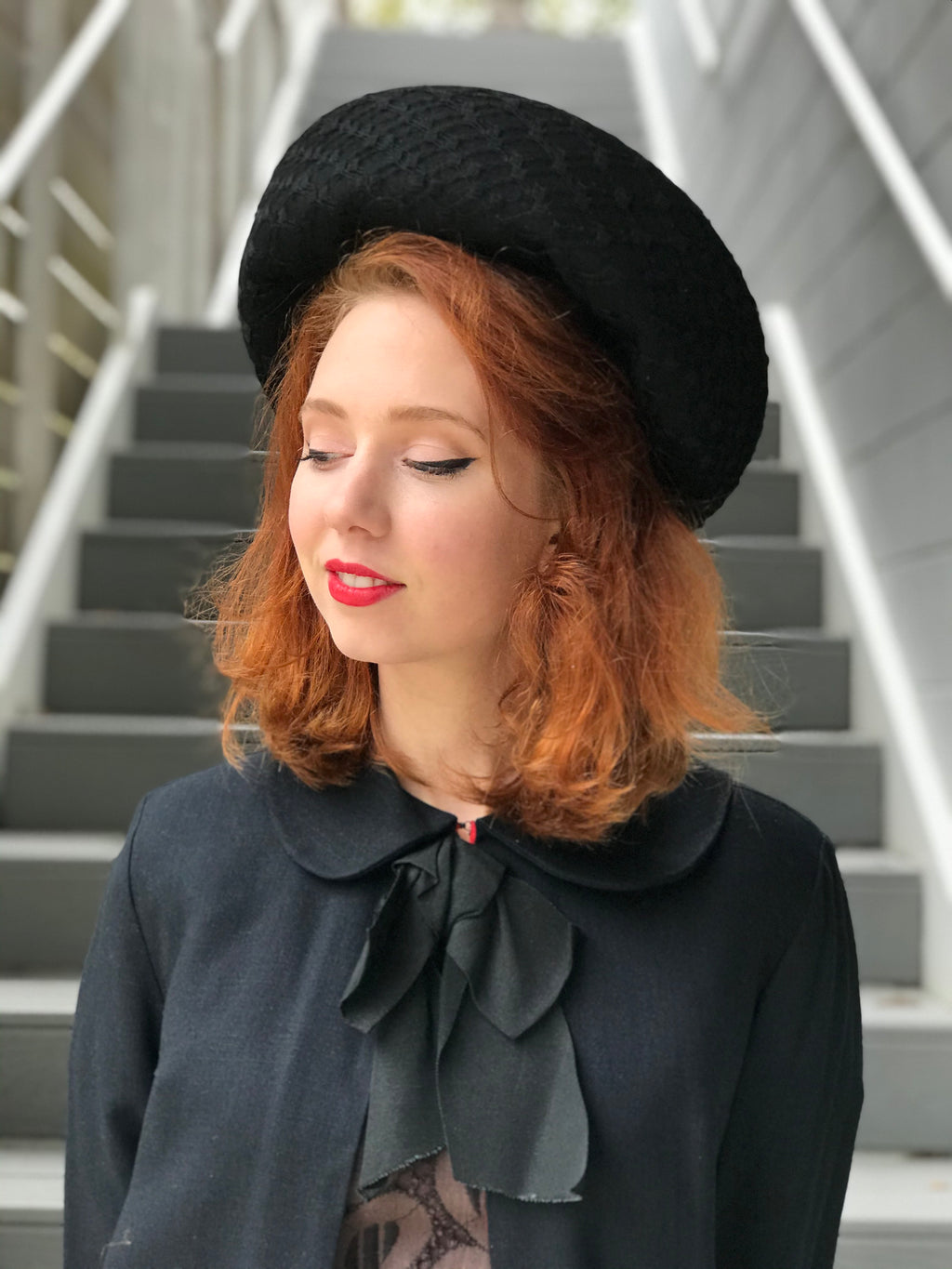 1940s Trailing Halo Veil Crowned Hat