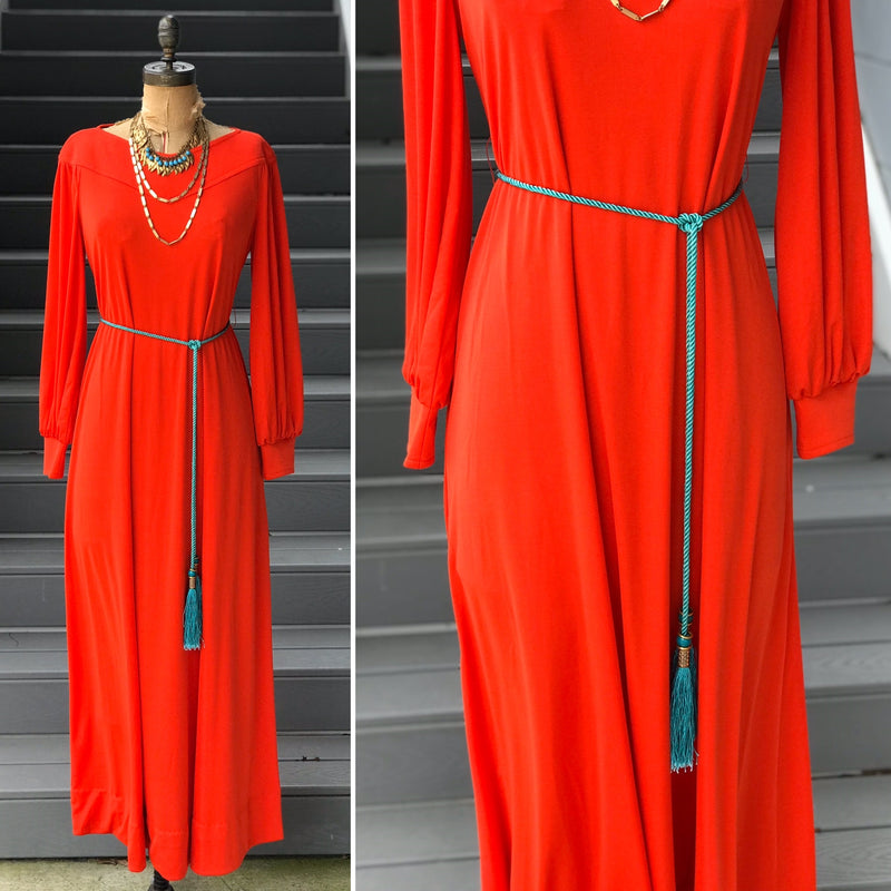"1970s ""Lilli Diamond"" Tassel Belt Dressing Gown"