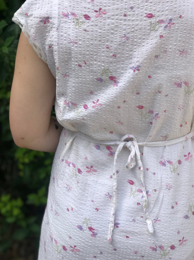 *RARE* 1940s Seersucker Floral Sleep Gown