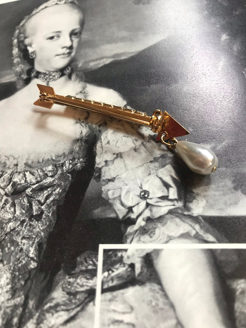 Vintage Arrow + Pearl Drop Pin