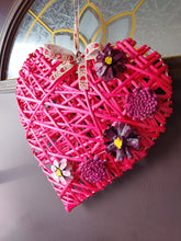 Load image into Gallery viewer, Wicker Heart Wreath