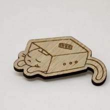 Load image into Gallery viewer, Laser-Engraved Pet Badge