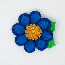 Load image into Gallery viewer, Felt Flower with Tie