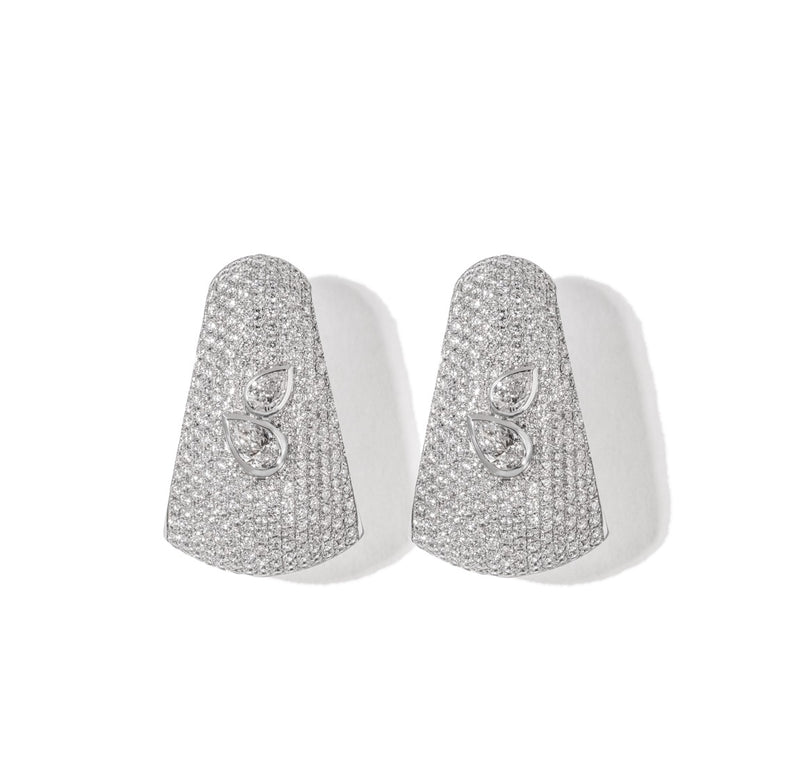 AS29 Bombee Pear Earring in White Gold