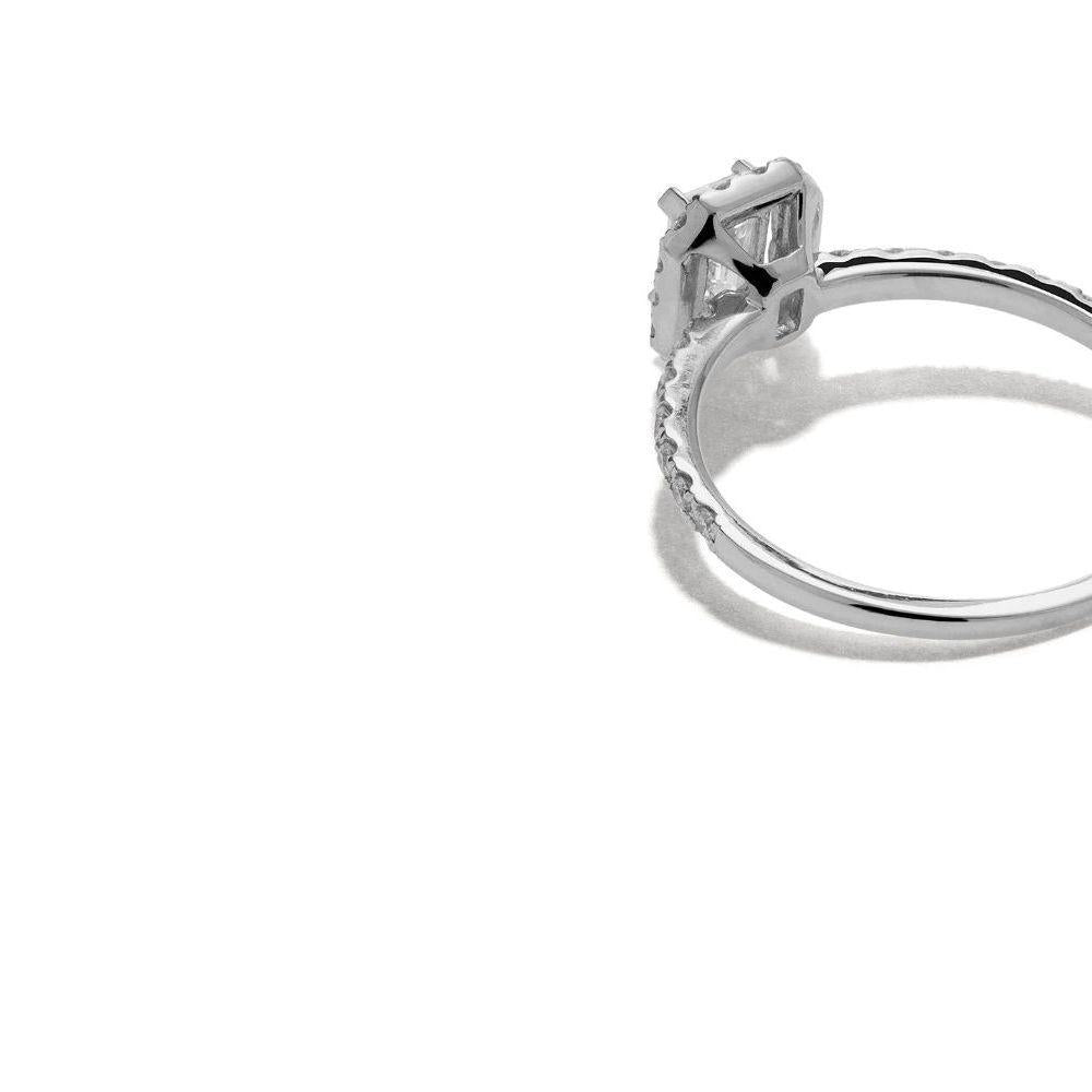 mye-halo-diamond-ring-in-18k-white-gold