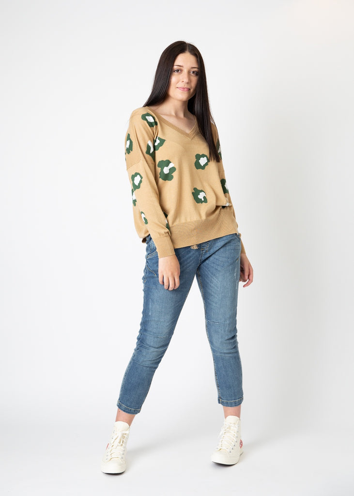 Yarnsmith V Neck Lexie Knit Caramel/Army