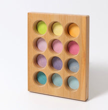 Load image into Gallery viewer, Wooden sortingboard - pastel