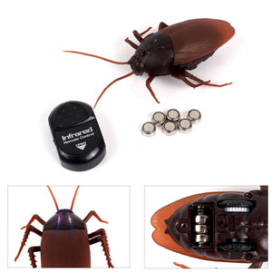 Funny Simulation Infrared RC Remote Control Cockroach