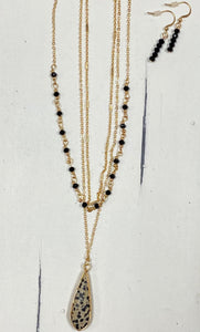 Spotted Teardrop Layered Necklace Set