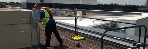 roof guardrail for fall protection non-penetrating, ballasted, passive