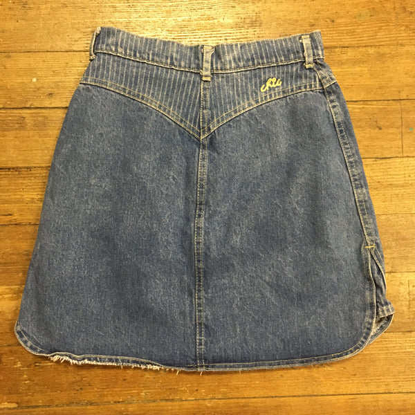 90's Chic Denim Mini-Skirt