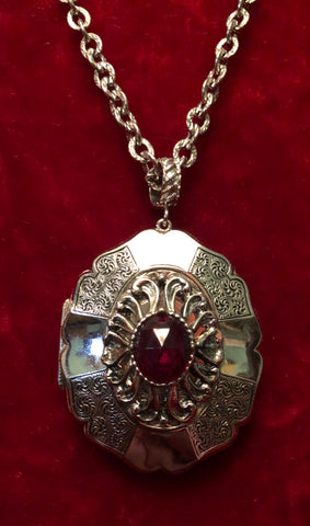 The Love Witch Style Whiting & Davis 60s 70s Silver Ruby Locket Amulet