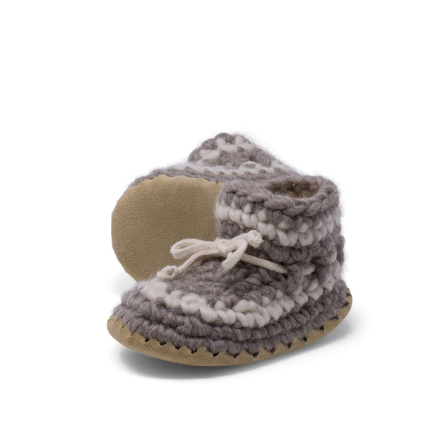 Padraig Cottage - Child Size 9 Slippers Grey Stripe