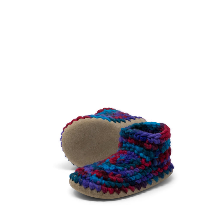 Padraig Cottage - Youth Size 3 Slippers Red Multi