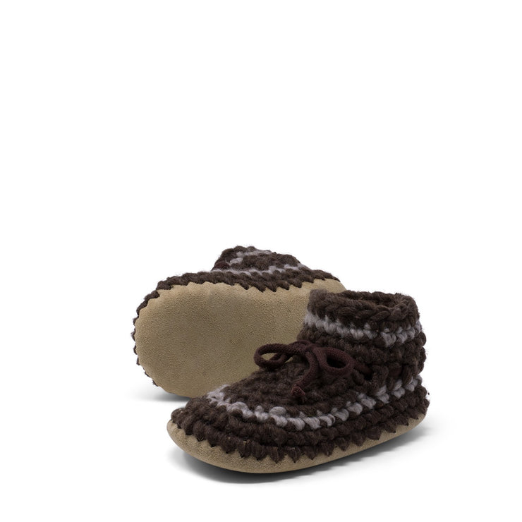 Padraig Cottage - Youth Size 1 Slippers Brown Stripe