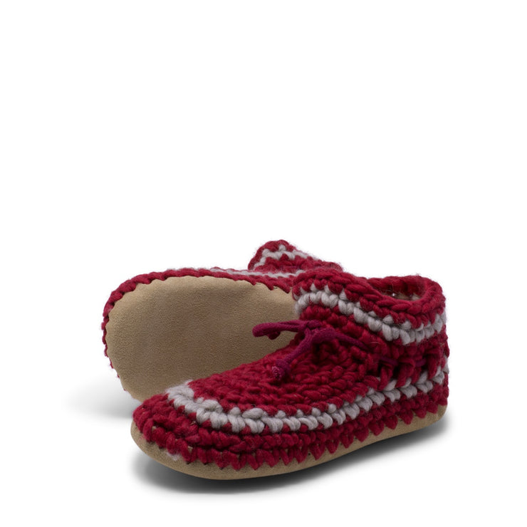 Padraig Cottage - Womens Medium Slippers Red Stripe