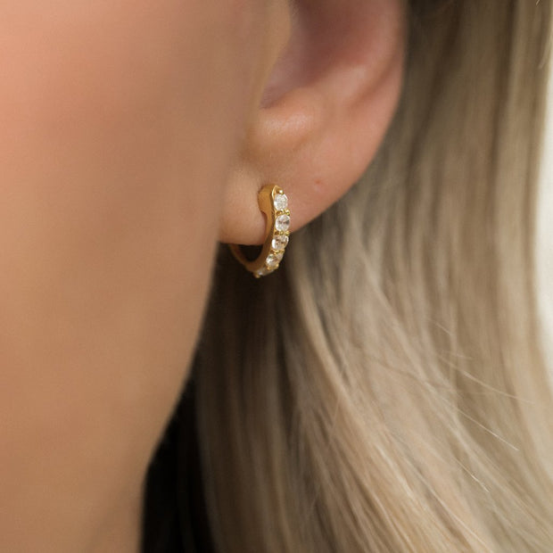 Leah Alexandra - Earrings Demi Hoops Gold