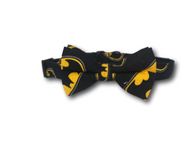 Load image into Gallery viewer, Batman dog collar and bow