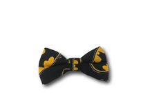 Load image into Gallery viewer, Batman design dog bow