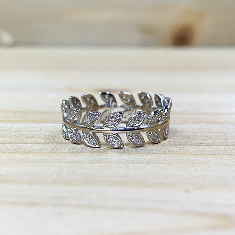 Sterling Silver Shimmering Leaves Ring