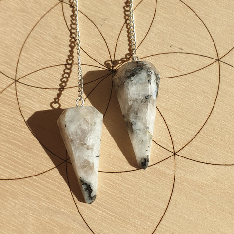 Moonstone Pendulum - 6 Faceted