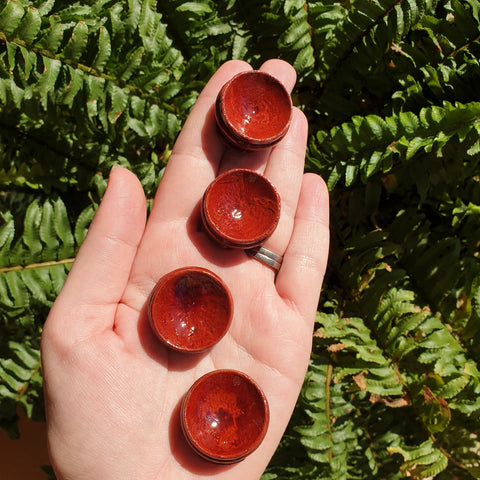 Sphere stand 25mm red patina