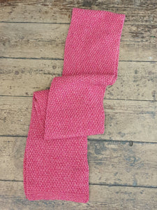 MOSS STICH SCARF CORAL